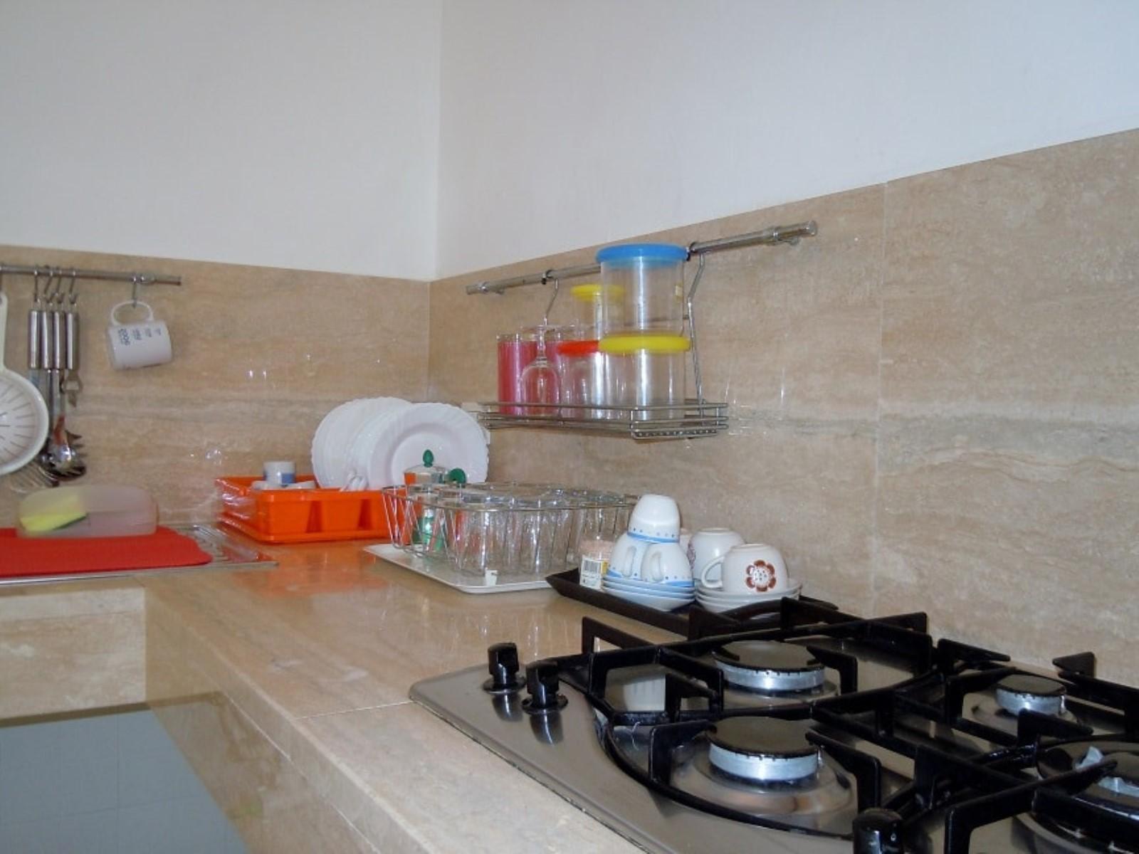 Alloggio baia lapetit affitto casa vacanze torre lapillo for Artigiani piani casa fresca